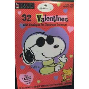 Hallmark Peanuts Snoopy & Woodstock Box of 32 Valentine