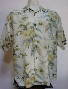 TOMMY BAHAMA Relax Awesome Floral Hawiian Camp Shirt Sz L / XL