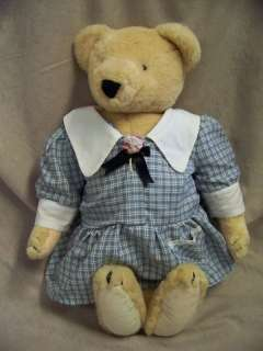 COLLECTIBLE NORTH AMERICAN BEAR ALICE VANDERBEAR VGC