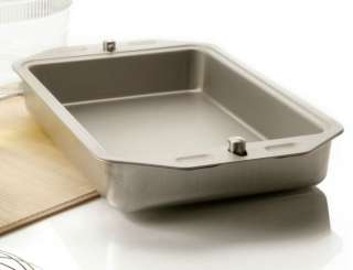 GOURMET 13 X 9 CONVERTIBLE INSULATED LOCKING ALUMINUM CAKE PAN